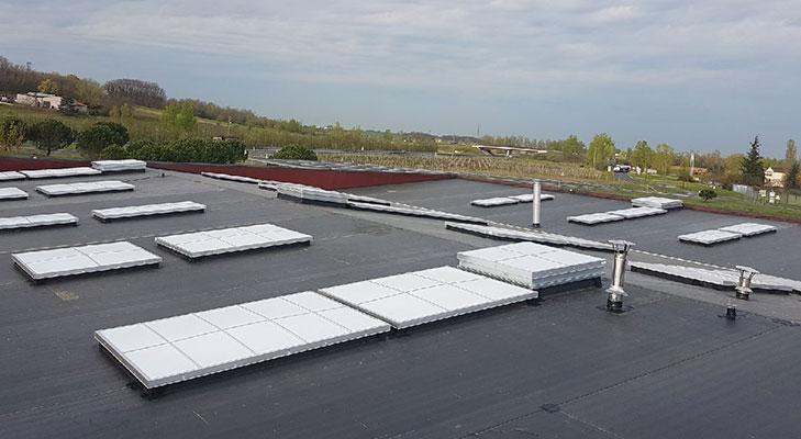 Pose membrane EPDM sur bâtiment industriel